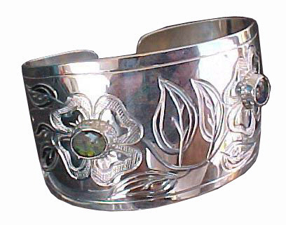 bracelets gems silver gold sapphire ruby diamonds citrine peridot emerald
