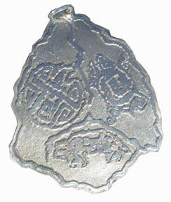 PenC4 - Amulet with Wolf, Eagle and Turtle