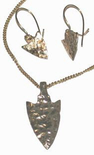 Cast Pendants - PenC3 - Small Pendant arrowhead and Earrings