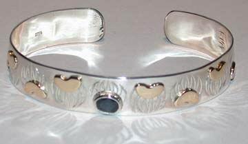 Gems-Bracelets - BSt3 - Bearclaw and Sapphire