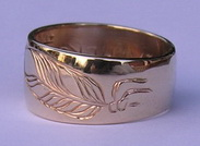 Cherokee Rings - CHr17 - Cherokee Ring with 2 feathers in gold with .02ct diamond