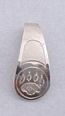 Silver Pendants - Pen10, Cougar paw on thin teardrop pendant in silver