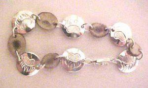 Gems-Bracelets - BSt6- Deer Horn & Bearclaw Disc