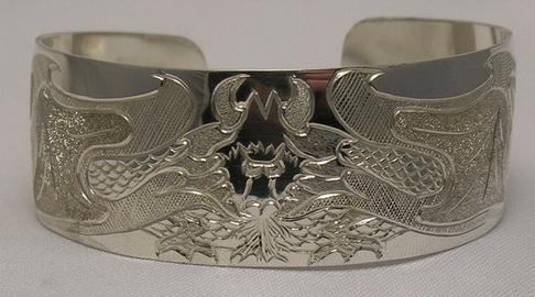 """Non-Native Bracelets - NNb17 - Single Dragon on 1"""" silver bracelet"""