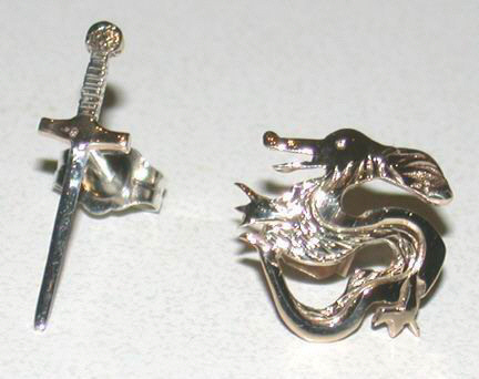 Non-Native Earrings - ERnn6 sword and dragon studs in gold and silver