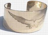 design - gold falcon bracelet
