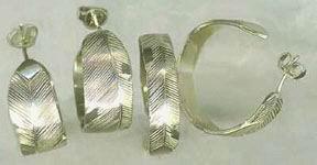 Feather Earrings - ERn7 - Hoop Earrings