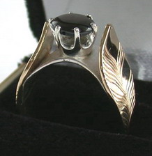 Gold Bird Feathers Stones Rings - RApF3a - Gold Feathers and 8mm X 6mm Black Star Sapphire with Silver bridge