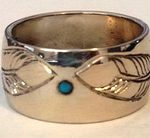 Wedding Rings - RbfSt26g - feathers and 2mm turquoise in gold