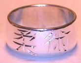 Kanji Chinese Rings - NNkr8 - love