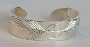 Baby Bracelets - MdBS3 Medicine Wheel, with 2 large feathers