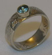 Gem Stones Medicine Wheel Rings - MdSt38 2 feathers with 5mm Aquamarine in 14k yellow gold