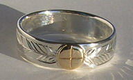 "MDap25g -1/4"" wide Medicine wheel ring with gold disc on silver 6mm"