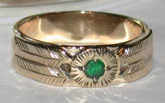 Gem Stones Medicine Wheel Rings - MdSt2 - Gold on gold 4 feather with Emerald-(wide band)