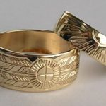 "Wedding Rings - MDe11c 3/8"" wide band medicine wheel and sun burst in gold"