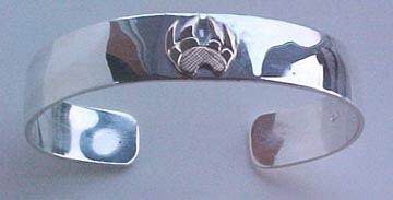 Appliqued-Bracelets - BA2 Wolfpaw in 14k gold on silver 5/8""
