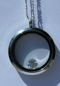 Gem Stoned Pendants - PenSt20a enclosed Zircon in Stainless Steel