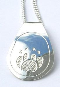 Silver Pendants - Pen27b, Wolf paw teardrop without cross-hatching
