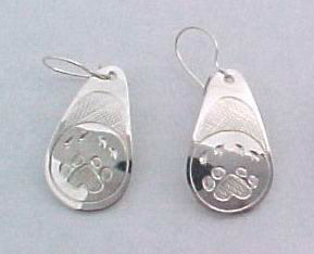 Tear Drop Earrings - ERn4 - Teardrop Wolfpaw