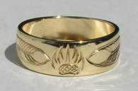 Gold Bird Feathers Rings - Rg13 - Feathers with Bearclaw or Wolfpaw