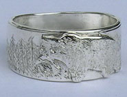 Face - Paw Appliqued Rings - Rap30 - Appliqued Grizzly on silver with trees and salmon in mouth