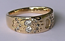 Other Cast Rings - RCas12 - Walking Grizzly Paws and diamonds