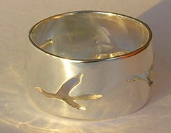 Silver bird feather rings - RbfS18 - Cut-out Raven feet