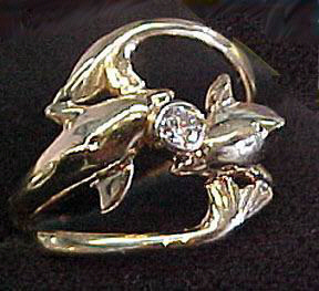 Other Cast Rings - RCas6 - 2 Dolphins and Diamond